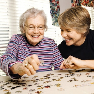 Two-Women-Doing-Puzzle-Sunshine-Health-Facilities-Spokane-WA
